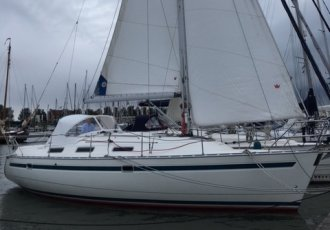 Bavaria 35 Holiday, Zeiljacht Bavaria 35 Holiday te koop bij White Whale Yachtbrokers