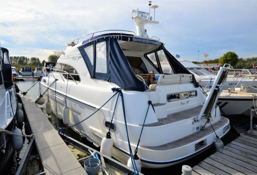 Sealine 390 Statesman Flybridge, Motorjacht  for sale by White Whale Yachtbrokers - Belgium
