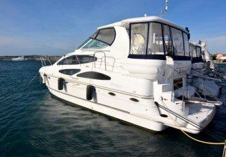 Cruiser Yachts 415 Express, Motorjacht Cruiser Yachts 415 Express te koop bij White Whale Yachtbrokers - Croatia
