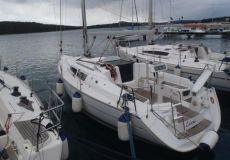 Jeanneau Sun Odyssey 32i, Zeiljacht  for sale by White Whale Yachtbrokers