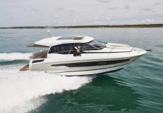 Jeanneau NC 37, Motorjacht  for sale by White Whale Yachtbrokers