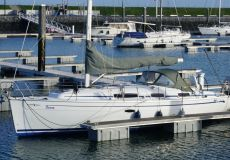 Bavaria 35 Cruiser, Zeiljacht  for sale by White Whale Yachtbrokers