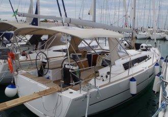 Dufour 360 Grand Large, Zeiljacht Dufour 360 Grand Large te koop bij White Whale Yachtbrokers - Croatia