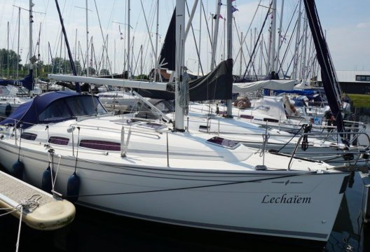 Bavaria 31 Holiday Limited Edition, Zeiljacht  for sale by White Whale Yachtbrokers - Willemstad