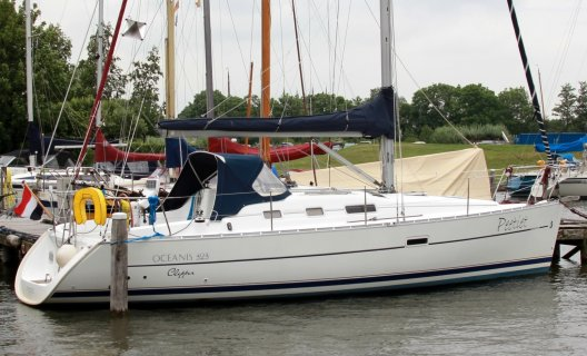 Beneteau Oceanis 323 Clipper, Sailing Yacht for sale by White Whale Yachtbrokers - Sneek