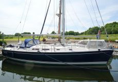 Hanse 411, Zeiljacht  for sale by White Whale Yachtbrokers - Willemstad