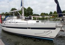 Bavaria 41 Holiday, Segelyacht  for sale by White Whale Yachtbrokers - Sneek