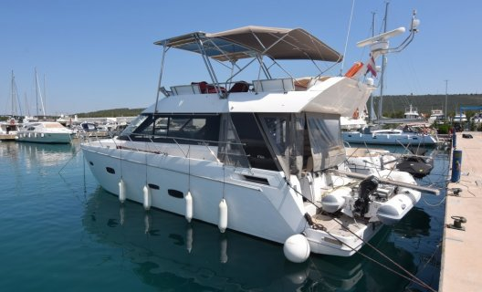 Sealine F 46, Motoryacht for sale by White Whale Yachtbrokers - Croatia