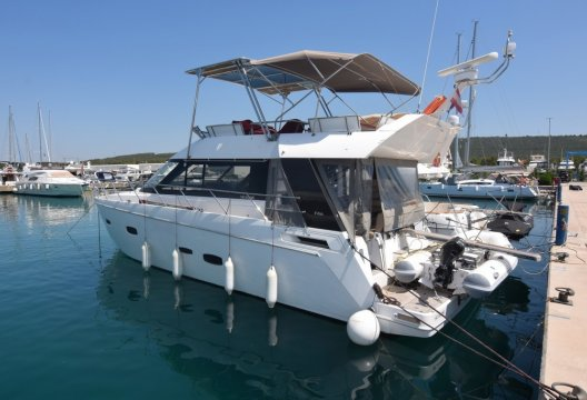 Sealine F 46, Motorjacht  for sale by White Whale Yachtbrokers - Croatia