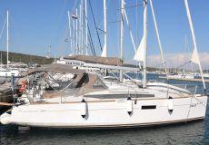 Jeaneau Sun Odyssey 349, Segelyacht  for sale by White Whale Yachtbrokers - Croatia