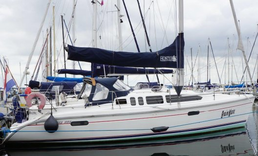 Hunter 336, Segelyacht for sale by White Whale Yachtbrokers - Willemstad