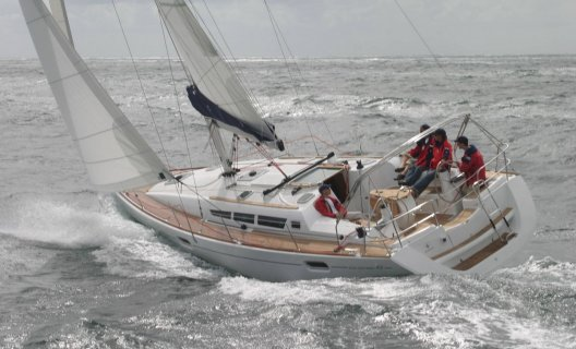 Jeanneau Sun Odyssey 42i, Segelyacht for sale by White Whale Yachtbrokers - Finland