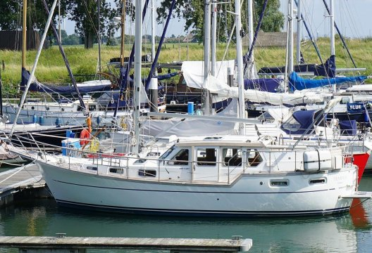 Nauticat 331, Zeiljacht  for sale by White Whale Yachtbrokers - Willemstad