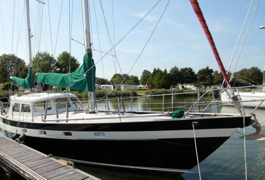 Carena 37DH, Zeiljacht  for sale by White Whale Yachtbrokers - Sneek