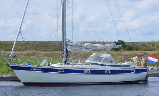 Hallberg Rassy 352 Scandinavia, Segelyacht for sale by White Whale Yachtbrokers - Willemstad