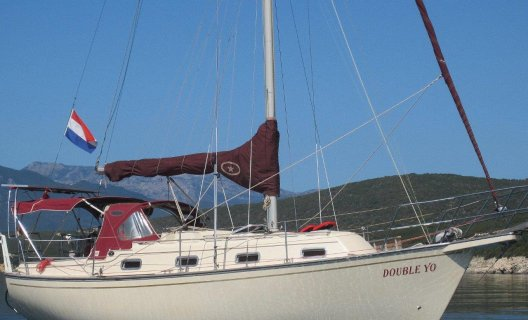 Island Packet 29 Cruising Sailor, Sailing Yacht for sale by White Whale Yachtbrokers - International