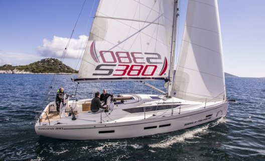 Salona 380, Sailing Yacht for sale by White Whale Yachtbrokers - Finland