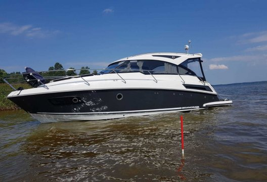 Grandezza 34 OC, Motorjacht  for sale by White Whale Yachtbrokers - Finland