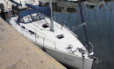 Dufour 365 Grand Large, Zeiljacht  for sale by White Whale Yachtbrokers - Willemstad