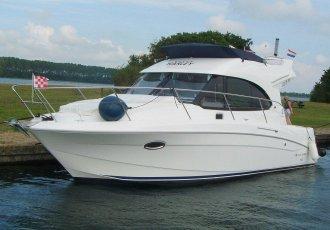 Beneteau Antares 30 Fly, Motorjacht Beneteau Antares 30 Fly te koop bij White Whale Yachtbrokers