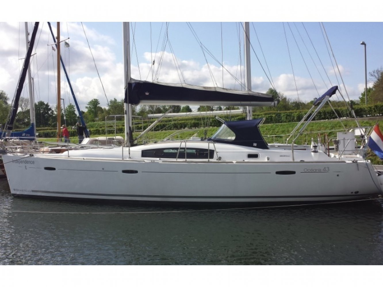 Beneteau Oceanis 43 sailboat for sale | White Whale Yachtbrokers