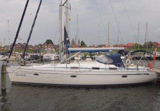 Bavaria 42 Cruiser, Zeiljacht Bavaria 42 Cruiser te koop bij White Whale Yachtbrokers - Willemstad