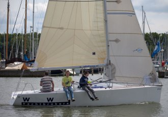Beneteau Platu 25, Sailing Yacht Beneteau Platu 25 for sale at White Whale Yachtbrokers - Enkhuizen