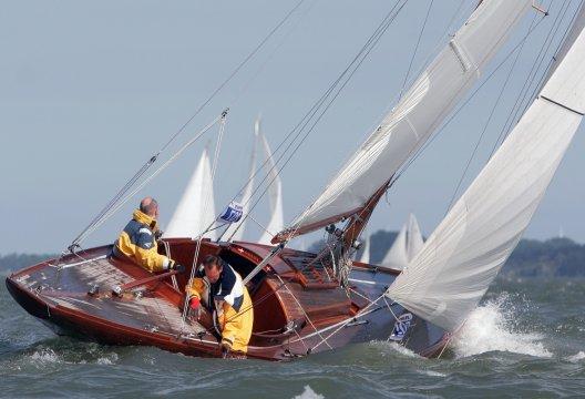 International 6 Meter, Zeiljacht  for sale by White Whale Yachtbrokers - Enkhuizen