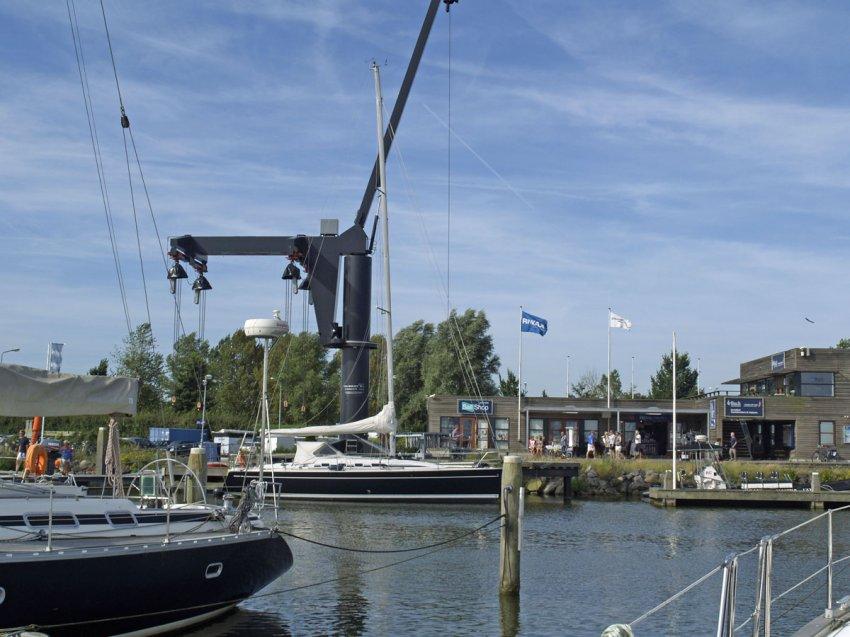 Ligplaatsen | White Whale Yachtbrokers, uw jachtmakelaar