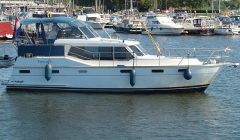 Radius 38, Motor Yacht Radius 38 for sale by White Whale Yachtbrokers