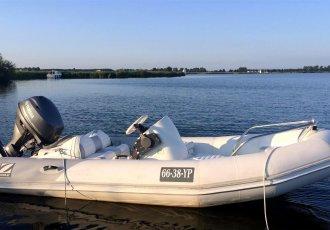 Zodiac Yachtline 380 De Luxe, RIB und Schlauchboot Zodiac Yachtline 380 De Luxe zum Verkauf bei White Whale Yachtbrokers - Sneek