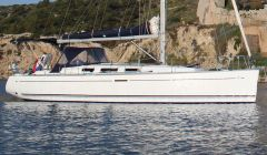 Dufour 40 Performance, Sailing Yacht Dufour 40 Performance for sale by White Whale Yachtbrokers