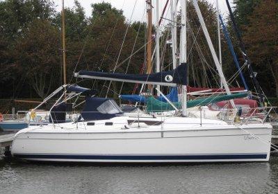 Hunter 31, Zeiljacht Hunter 31 te koop bij Skipshandel Stavoren