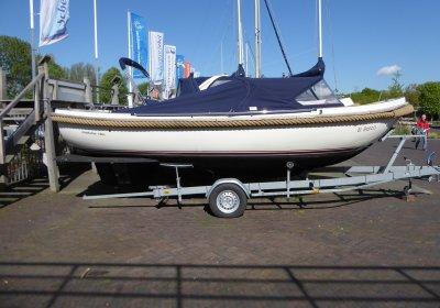 Makma 700 Vlet Loungevlet, Sloep Makma 700 Vlet Loungevlet te koop bij Wehmeyer Yacht Brokers