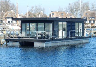 MarinHome Water-Villa's, Houseboat MarinHome Water-Villa's te koop bij Wehmeyer Yacht Brokers