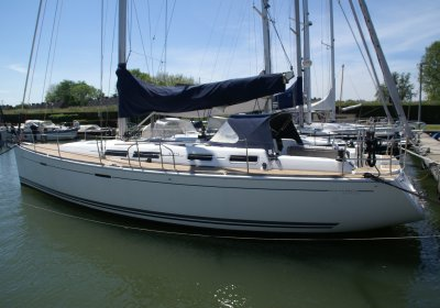 Dufour 425 Grand Large, Zeiljacht for sale by Wehmeyer Yacht Brokers