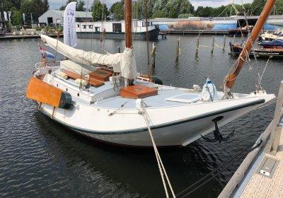 Hoogaars Zeeuwse, Plat- en rondbodem, ex-beroeps zeilend for sale by Wehmeyer Yacht Brokers
