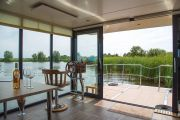 La Mare Houseboats Apartboat