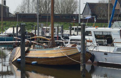 Eiken Palingaak 650, Plat- en rondbodem, ex-beroeps zeilend Eiken Palingaak 650 te koop bij Schepenkring Hattem