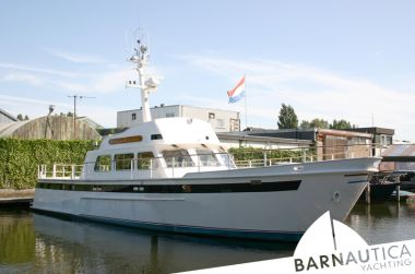 Staverno MY 1620 Flybridge, Motorjacht Staverno MY 1620 Flybridge te koop bij Barnautica Yachting