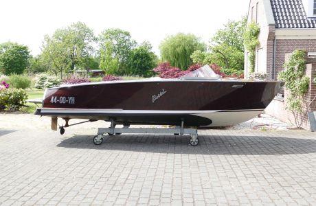 Boesch 510 Sport De Luxe, Speed- en sportboten Boesch 510 Sport De Luxe te koop bij Prins van Oranje Jachtbemiddeling