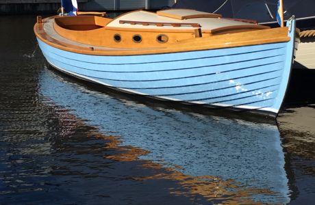 Sneepa Kajuitsloep, Klassiek/traditioneel motorjacht Sneepa Kajuitsloep te koop bij Prins van Oranje Jachtbemiddeling