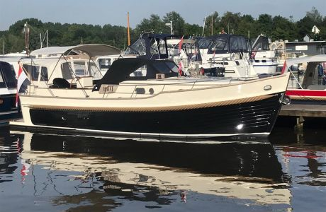 Newport Bass XL Soft Top, Motorjacht Newport Bass XL Soft Top te koop bij Prins van Oranje Jachtbemiddeling