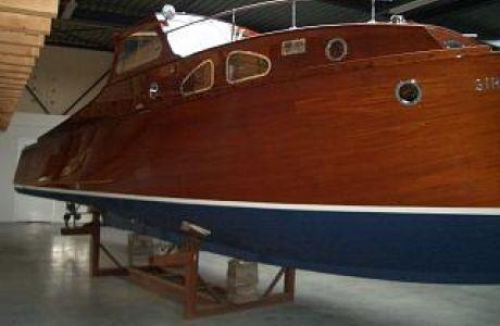 Iversen Siroka, Klassiek/traditioneel motorjacht Iversen Siroka te koop bij Prins van Oranje Jachtbemiddeling