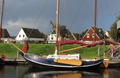 Schokker Speeljacht, Plat- en rondbodem, ex-beroeps zeilend Schokker Speeljacht for sale by Schepenkring Jachtmakelaardij Friesland