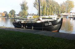 Staverse Jol Platbodem, Flat and round bottom Staverse Jol Platbodem for sale by Schepenkring Friesland