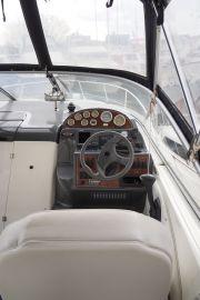 Bayliner 275