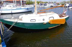 Baarda Zeegrundel 700, Plat- en rondbodem, ex-beroeps zeilend Baarda Zeegrundel 700 te koop bij Schepenkring Sier-Randmeren