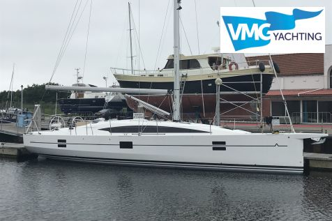 Azuree 41, Segelyacht  for sale by For Sail Yachtbrokers