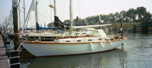 Sparkman & Stephens Pipe Dream Cruising Sloop, Sailing Yacht  for sale by Jachtmakelaardij Kappers